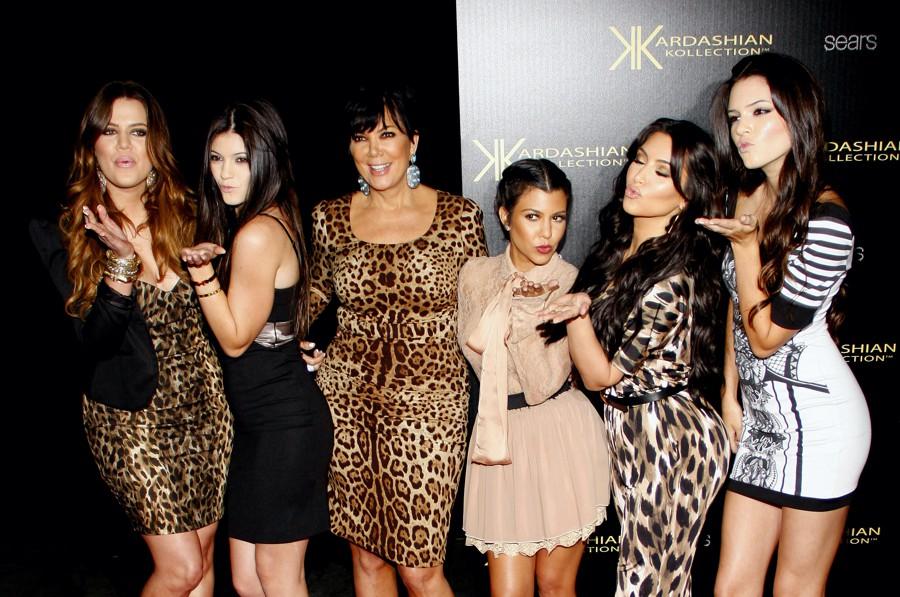 KardashiansE-900x600.jpg